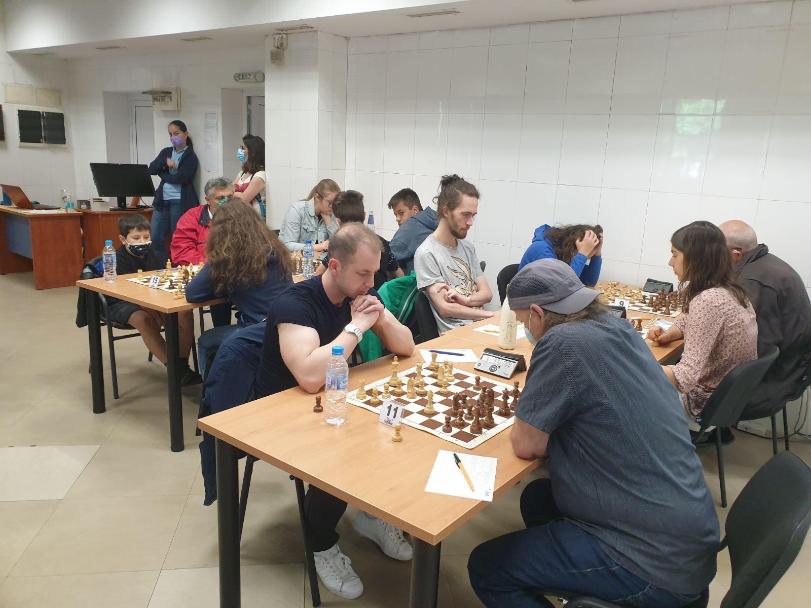 На 12-13 юни 2021 г. сдружение НАХПУ проведе турнир по шах